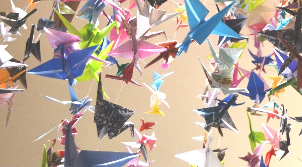 SuMoCa Arts-1001 Origami Crane Art - Hawaii Wedding mementos | 576x1038